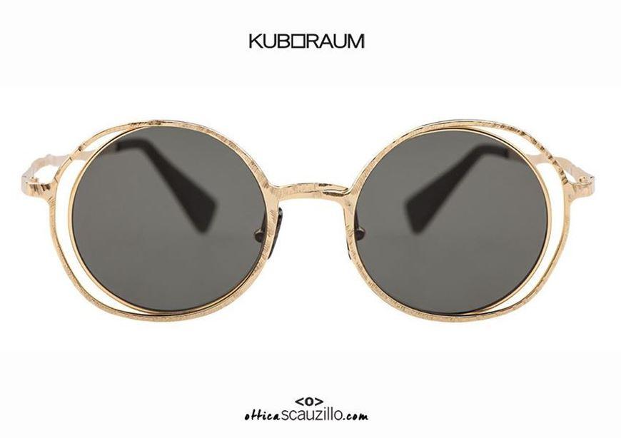 shop online New oversized round metal sunglasses KUBORAUM Mask H10 gold otticascauzillo.com acquisto online Nuovo occhiale da sole in metallo tondo oversize KUBORAUM Mask H10 oro