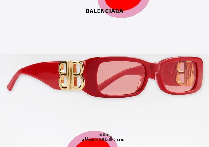 shop online New rectangular sunglasses with BB Balenciaga logo BB0096S col. 003 red otticascauzillo.com acquisto online Nuovo occhiale da sole rettangolare con logo BB Balenciaga BB0096S col.003 rosso