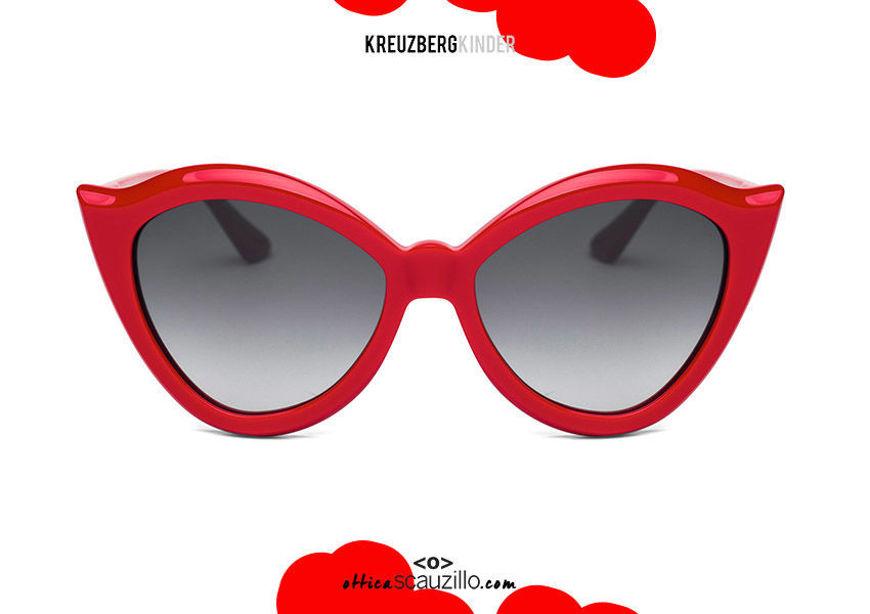 shop online new Round pointed cat eye sunglasses KreuzbergKinder PROVOCATEUR col. red on otticascauzillo.com acquisto online nuovo Occhiale da sole tondo cat eye a punta KreuzbergKinder PROVOCATEUR  col. rosso