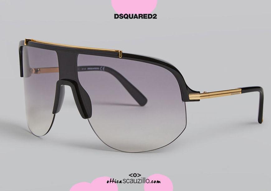 shop online new Oversized wraparound mask sunglasses Dsquared2 YOKO 0345 col. black and gold on otticascauzillo.com acquisto online nuovo Occhiale da sole a mascherina avvolgente oversize Dsquared2 YOKO 0345 col. nero e oro
