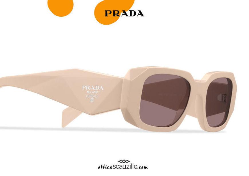 shop online new Narrow rectangular sculpture sunglasses PRADA Runway SPR 17W col. beige sand on otticascauzillo.com acquisto online nuovo Occhiale da sole rettangolare stretto scultura PRADA Runway SPR 17W col. sabbia beige