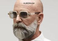 shop online new Square sunglasses KUBORAUM Mask P2 cream artichoke gray on otticascauzillo.com acquisto online nuovo Occhiale da sole quadrato aste a cilindro KUBORAUM Mask P2 grigio panna carciofo
