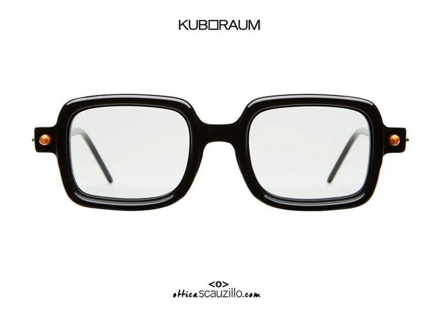 shop online new Square sunglasses KUBORAUM Mask P2 glossy black on otticascauzillo.com acquisto online nuovo Occhiale da sole quadrato aste a cilindro KUBORAUM Mask P2 nero lucido