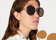 Acquista online su otticascauzillo.com il nuovo occhiale da sole ottagonale in metallo con cristalli Valentino VA 2042 col. 003 havana