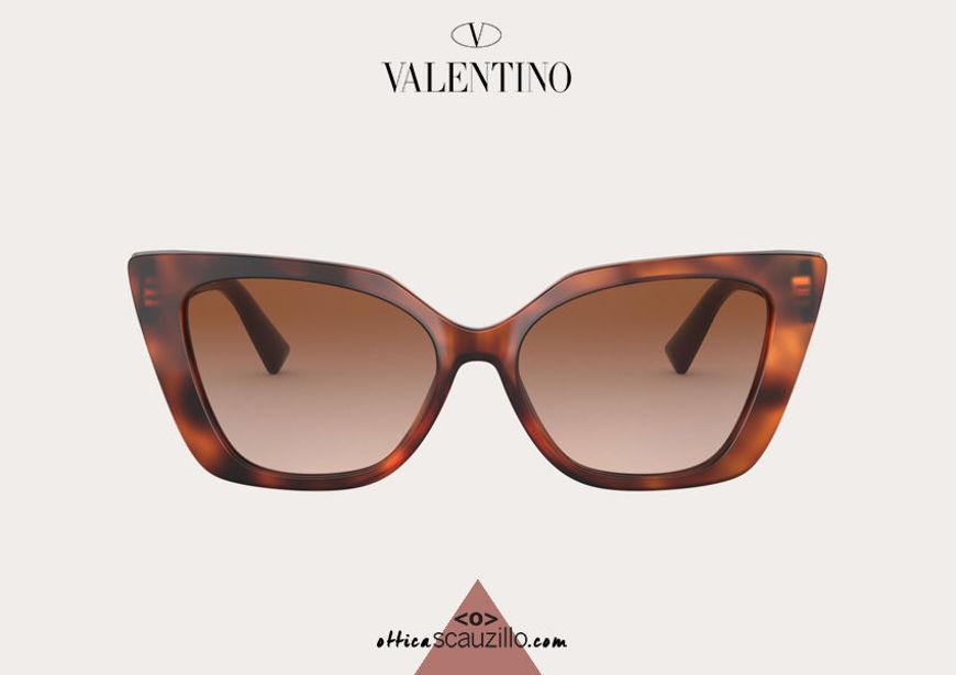 Acquista online su otticascauzillo.com il tuo nuovo occhiale da sole cat - eye in acetato VLOGO SIGNATURE Valentino VA 4073 col. 30N bordeaux