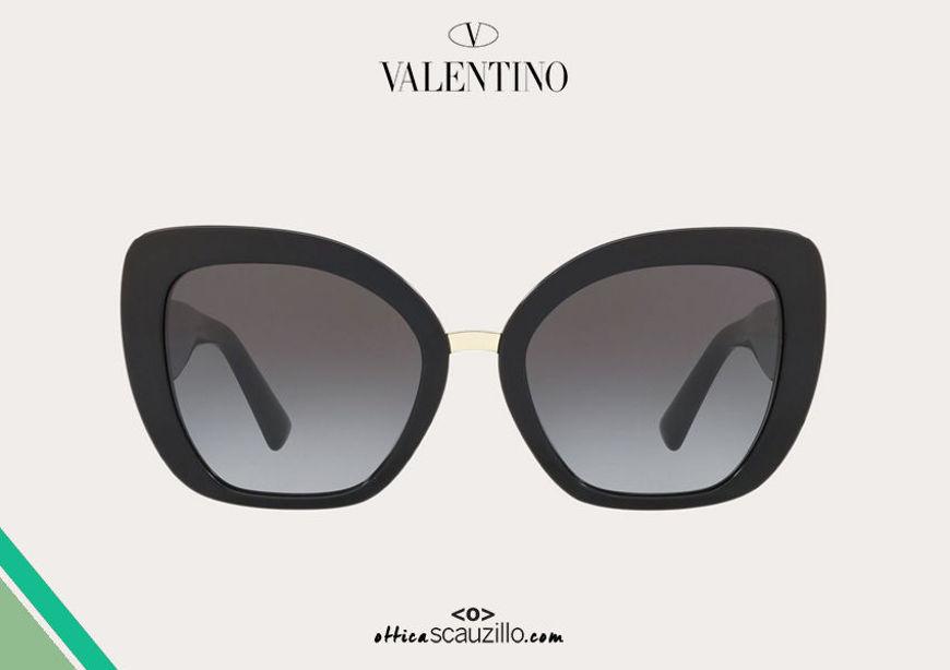 Acquista online su otticascauzillo.com il tuo nuovo occhiale da sole cat - eye in acetato Valentino VA 4057A col. 018 nero