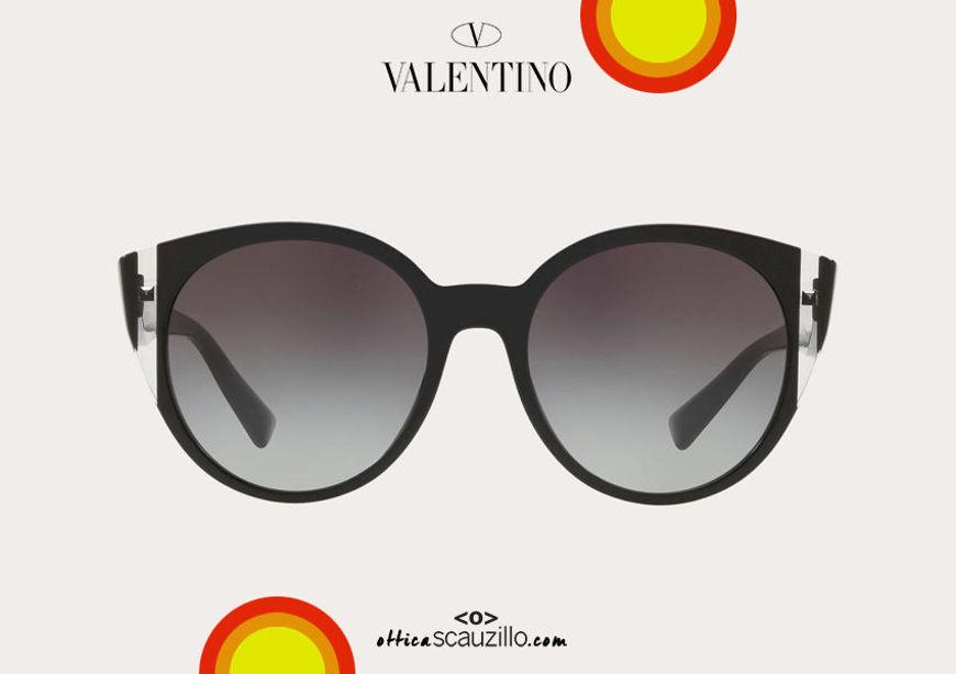 Acquista online su otticascauzillo.com il tuo nuovo occhiale da sole ovale in acetato Valentino VA 4038A col. 018 nero