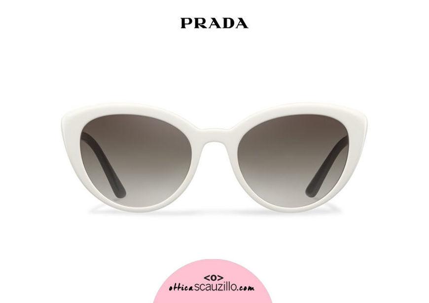 Acquista online su otticascauzillo.com il tuo nuovo occhiale da sole cat eye oversize acetato PRADA SPR 02V col. avorio
