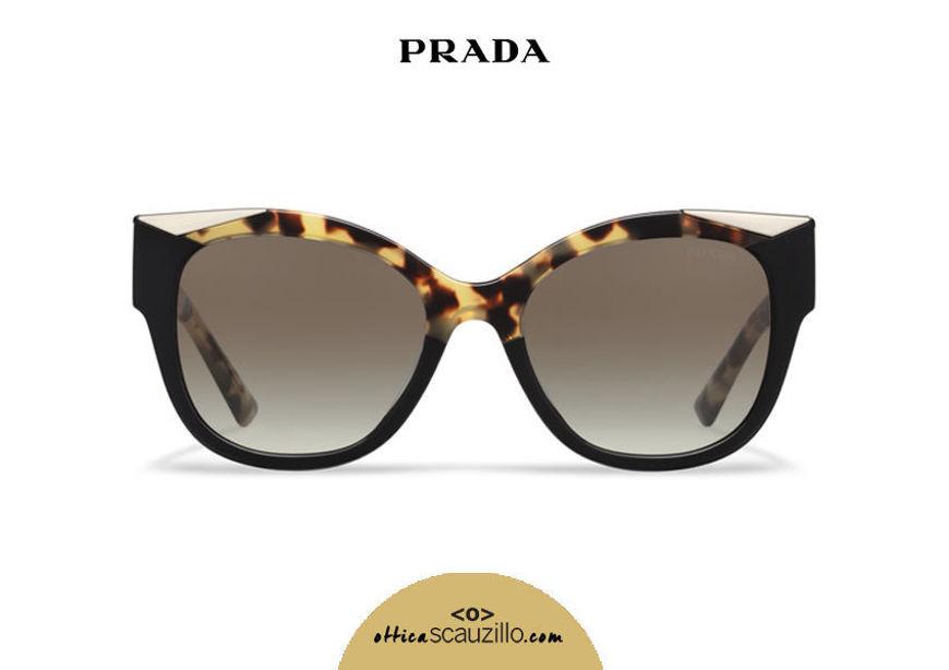 Acquista online su otticascauzillo.com il tuo nuovo occhiale da sole cat eye oversize acetato PRADA SPR 02W col. tartaruga media + nero