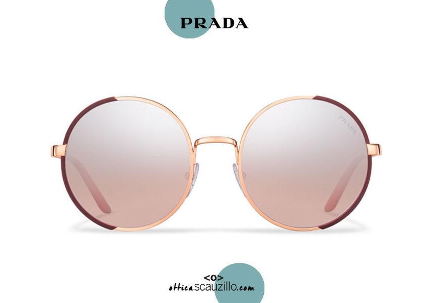 Acquista online su otticascauzillo.com il tuo nuovo occhiale da sole tondo metallo PRADA SPR 59X col. granato opaco + oro rosa