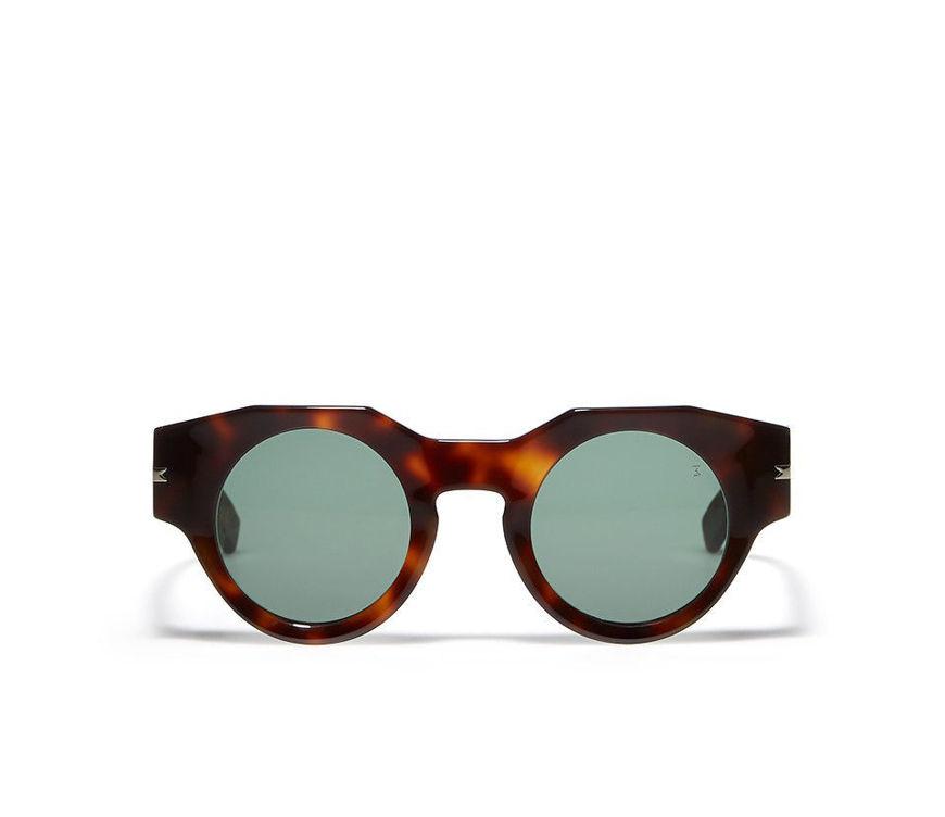 Acquista online su otticascauzillo.com il tuo nuovo occhiale da sole Alfonso tortoise
