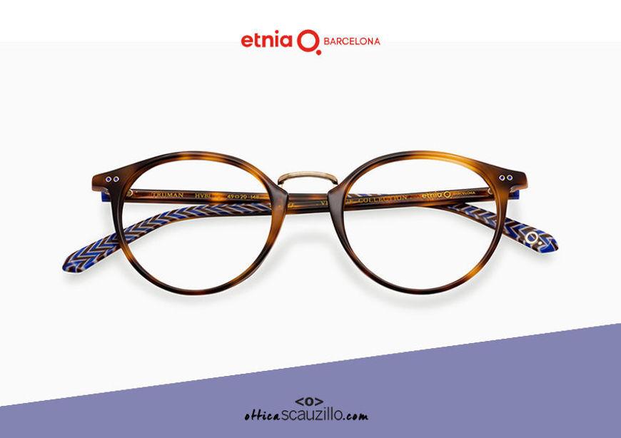 Acquista online su otticascauzillo.com il tuo nuovo occhiale da vista tondo Etnia Barcelona in acetato TRUMAN col. HVBL